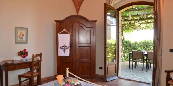 Saturnia, Rigone in Chianti, agriturismo e relax con piscina in Toscana